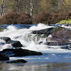 Roaring River Affric by kernuak