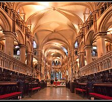 Canterbury cathedral by Shaun Whiteman