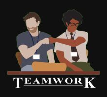 IT Crowd Teamwork by surlana