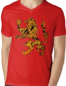 Lion Heraldry Griffin - Heraldic Grungy Mens V-Neck T-Shirt