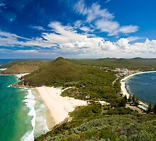 Stunning coastline by ianwoolcock