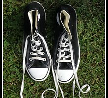 Love Thy Converse by Nokie