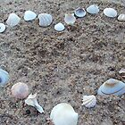 Heart in Shells by kalizoomba