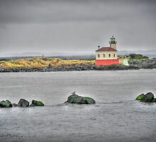 Coquille River Lighthouse by WiredMarys