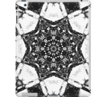 black and white star mandala  iPad Case/Skin