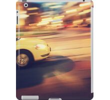 Taxi driving in the city iPad Case/Skin