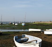 Emsworth Boat by bluesand