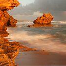 Point Lonsdale Rocks by RichardIsik