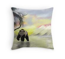 Bear in the snow Throw Pillow