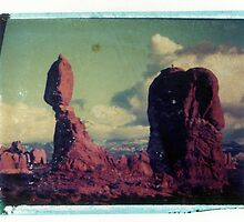Balanced Rock by snapshotjunkie