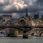 île de la cité by phil tobin