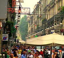 Crowded Torino by diLuisa Photography