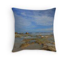 Anvil Beach, Nullaki Throw Pillow