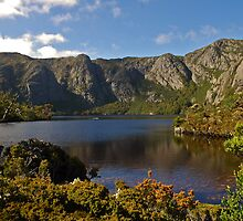 Crater Lake,  Cradle Mt - Lake St Clair National Park, TASMANIA. by Paul Stewart