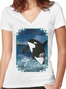 Killer Whale Orca Women's Fitted V-Neck T-Shirt