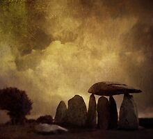 pentre ifan by Cate Davies