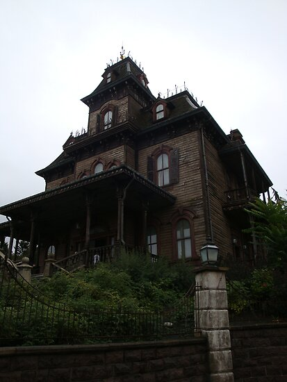 Phantom Manor by JillyPixie