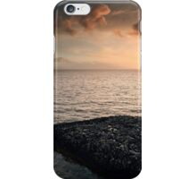 Queen Mary 2 Sunset iPhone Case/Skin
