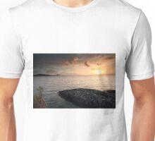 Queen Mary 2 Sunset Unisex T-Shirt