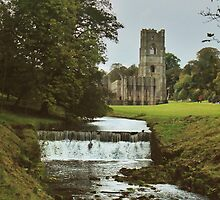 Fountains Abbey by WatscapePhoto