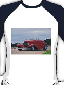 1932 Ford 'Classic Hot Rod' Roadster T-Shirt