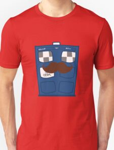 THE TARDIS IS CAMOUFLAGED T-Shirt