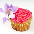 pretty in pink cupcake by angiebabie11290