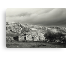 Stone hut, rural Ireland Canvas Print