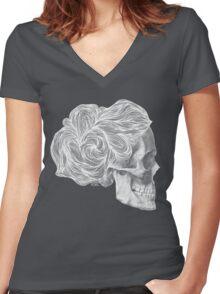skull per saeta - white ink Women's Fitted V-Neck T-Shirt