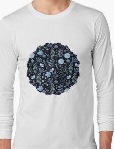 Vintage floral pattern on a black background Long Sleeve T-Shirt