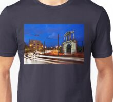 Modern times - Ancient times Unisex T-Shirt