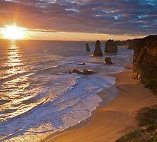 Sunset over the Apostles by Richard  Cubitt