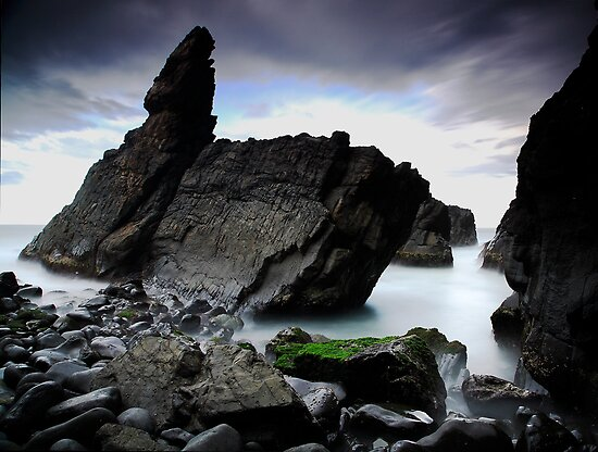 Crescent Head Rocks by Tatiana R