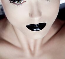 Black Lips by Sacha Rovinski