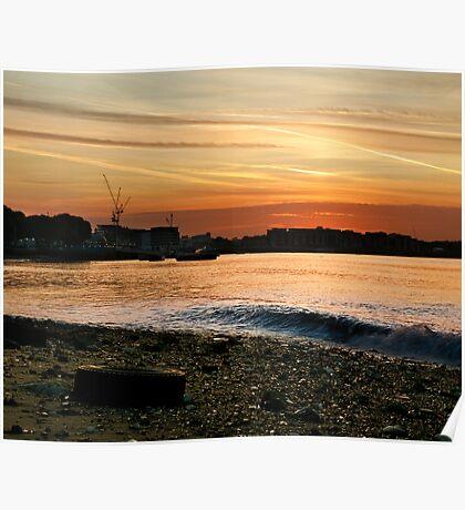 Thames Sunset Poster