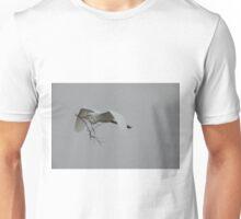 nest building Unisex T-Shirt