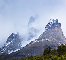 Cuernos del Paine by Bob Wickham