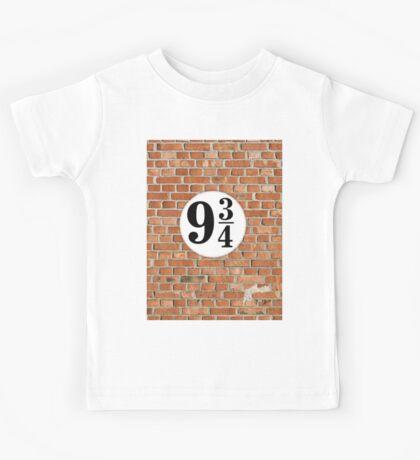 9 3/4 - Brick Kids Tee