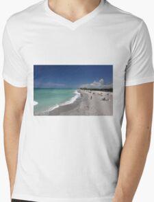 Fun & sun Mens V-Neck T-Shirt