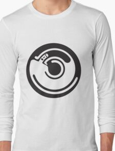 revolving man standing on his own shoulders Long Sleeve T-Shirt