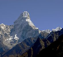 Ama Dablam in all her magnificence. by Richard  Stanley