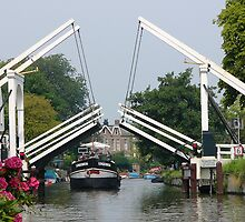 The opening of the bridge at Breukelen by jchanders
