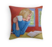 good read Throw Pillow
