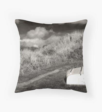 Boring Shipwreck no. 86 Throw Pillow