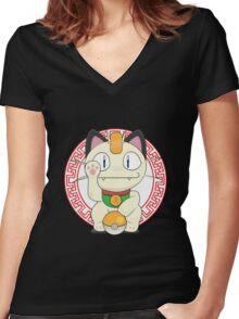 Maneki meowth Women's Fitted V-Neck T-Shirt