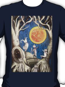 they dance under the light of the moon paper cut T-Shirt
