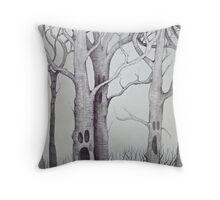 screaming tree  Throw Pillow