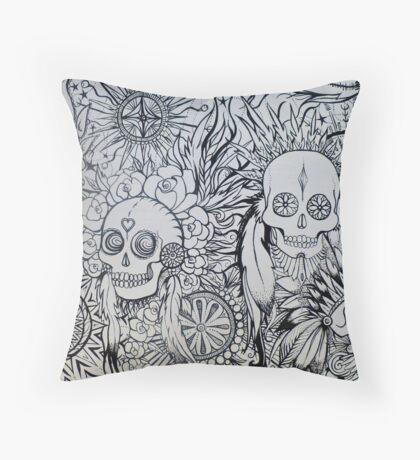 native indian skulls Throw Pillow