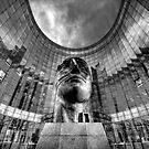 La Defense au Noir by Victor Pugatschew