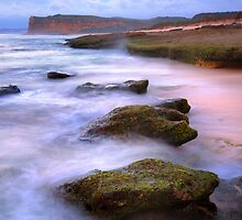 Misty Waves by Fadil Basymeleh